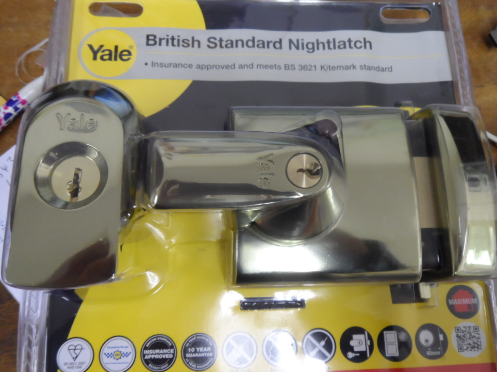 Yale British Standard rim deadlock, the ultimate for wooden doors